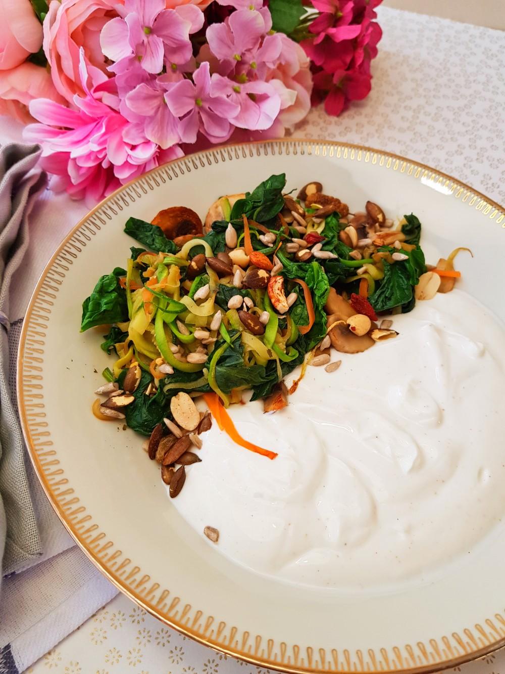 Plat salé épinard et yaourt de brebis champignon