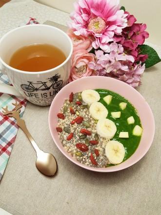 petit déjeuner Smoothie épinard et pudding chia