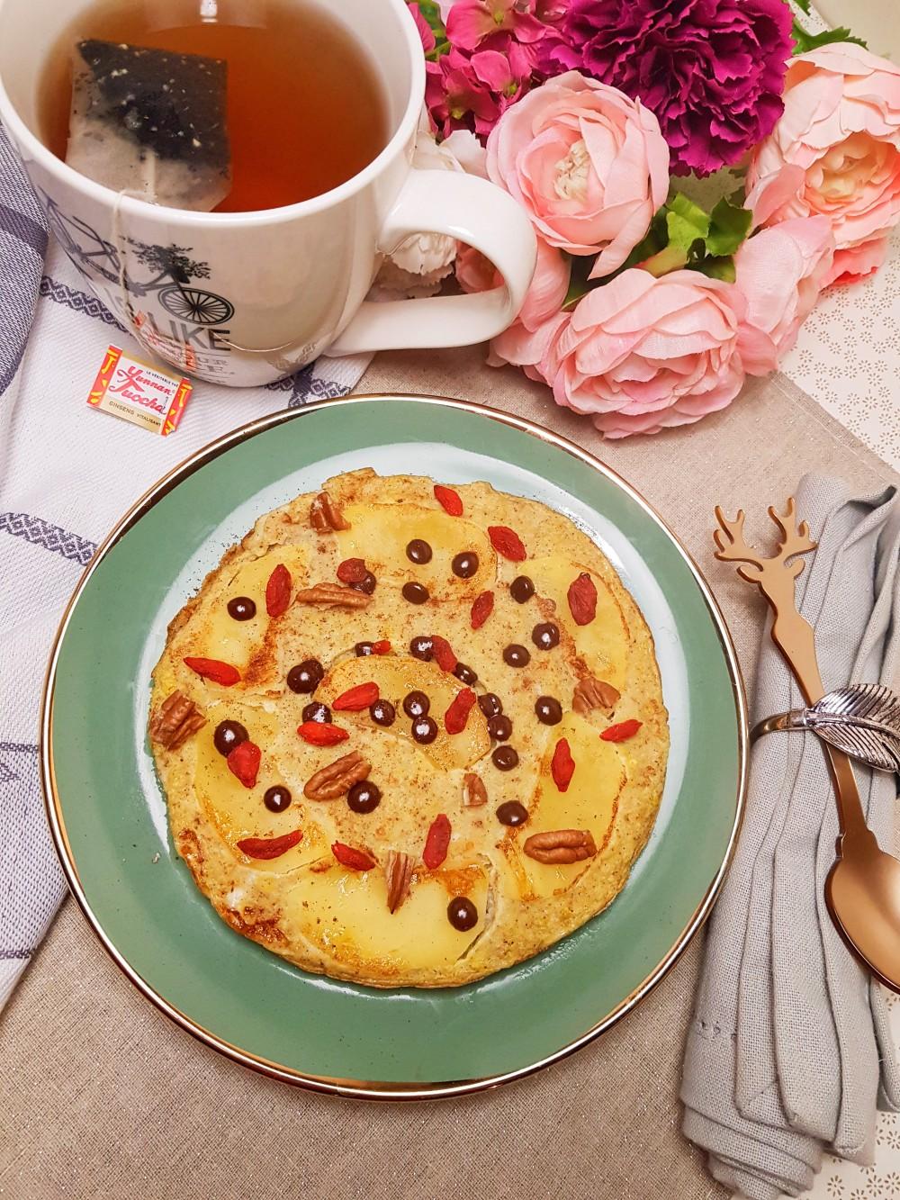 Omelette sucrée pomme cannelle