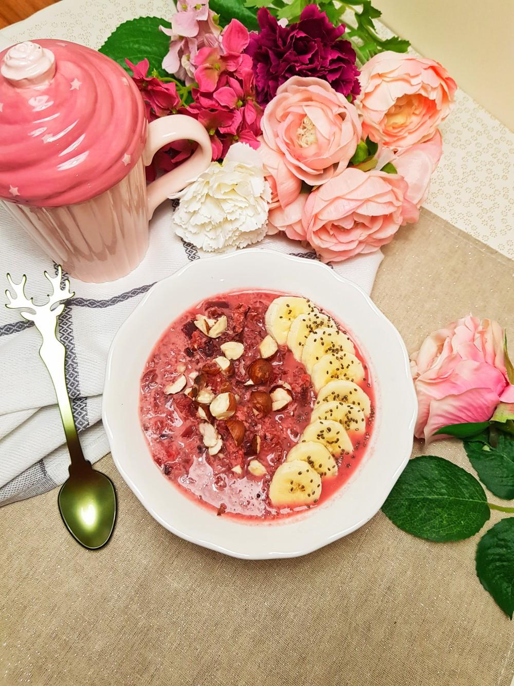 Porridge riz noir betterave et coco