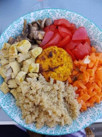 Assiette de salade mixte - composée