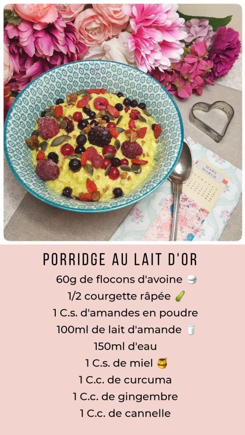 Porridge au lait d'or et fruits rouges